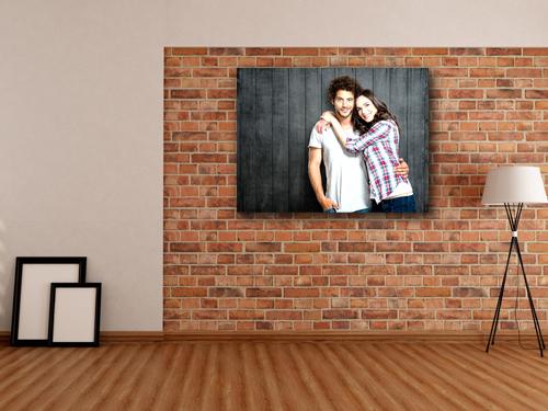 Картина на досках пары в интерьере